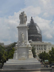 Statue and Capitol Building by DeathNote1qa