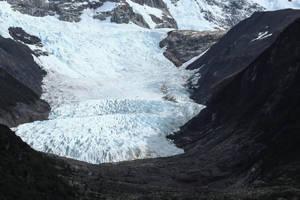 Ice river by AlejandroCastillo