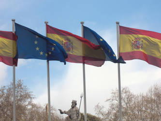 hoist colours wave flags by le-internationale