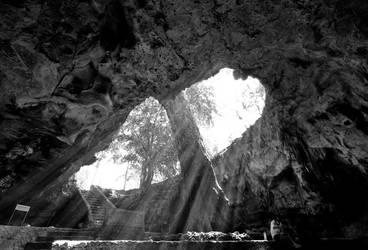 Rancang Kencono Cave by muhammadsamien