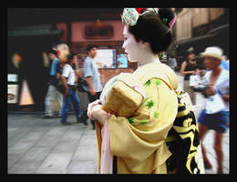 Fake Geisha by ljinx
