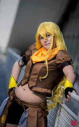 Yang xiao long RWBY by CrazyRevy