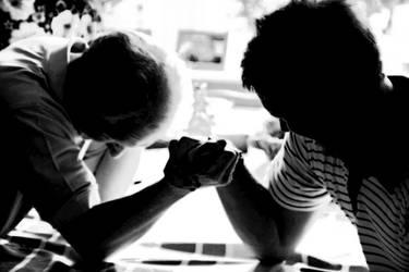 Arm wrestle by ljungan