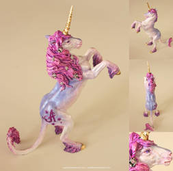 Unicorn Sculpture II by T-Tiger