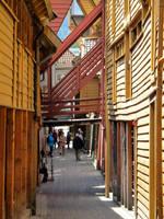 Norwegian Alleyway by RozenGT