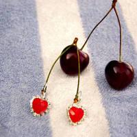 Mon Cherry by Axerron